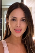 Eiza González's 8-Minute Wake-Up-and-Go Beauty Routine | Beauty Secrets | Vogue